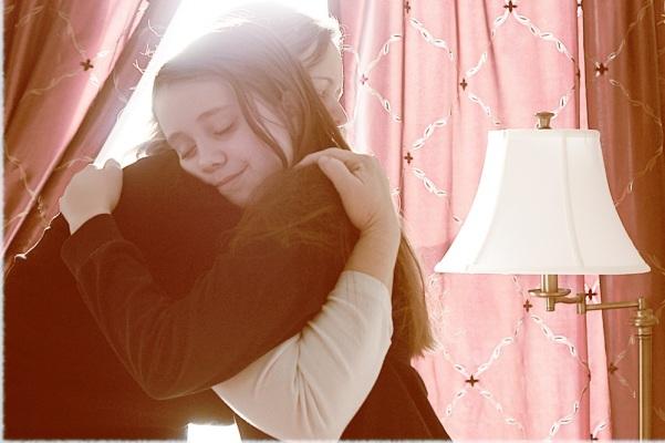 hug offshoots12.com