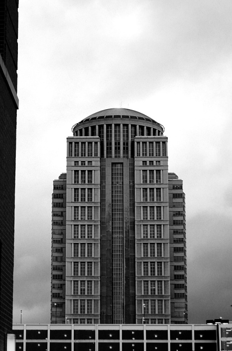 old building bw http://offshoots12.com