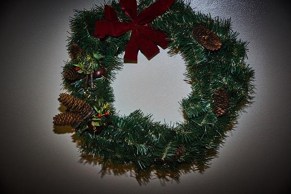 round christmas 02