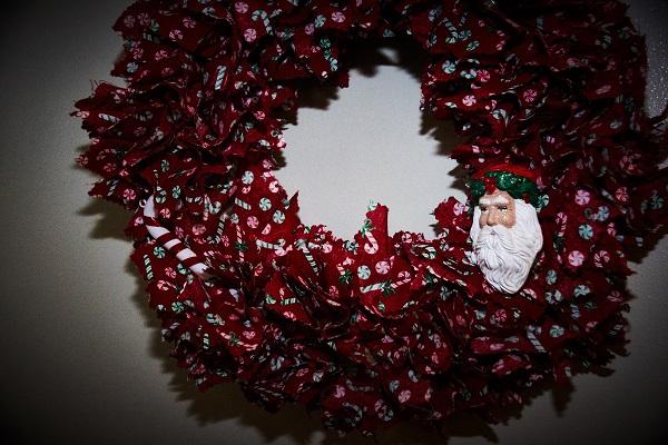 round christmas 03
