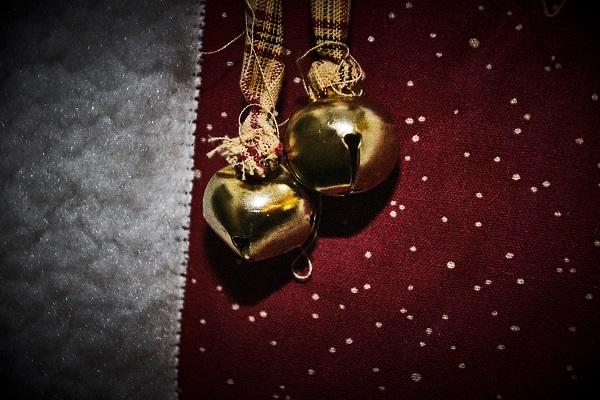 round christmas 04