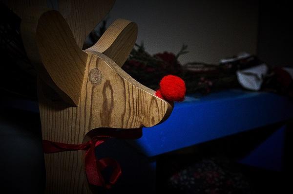round christmas 06
